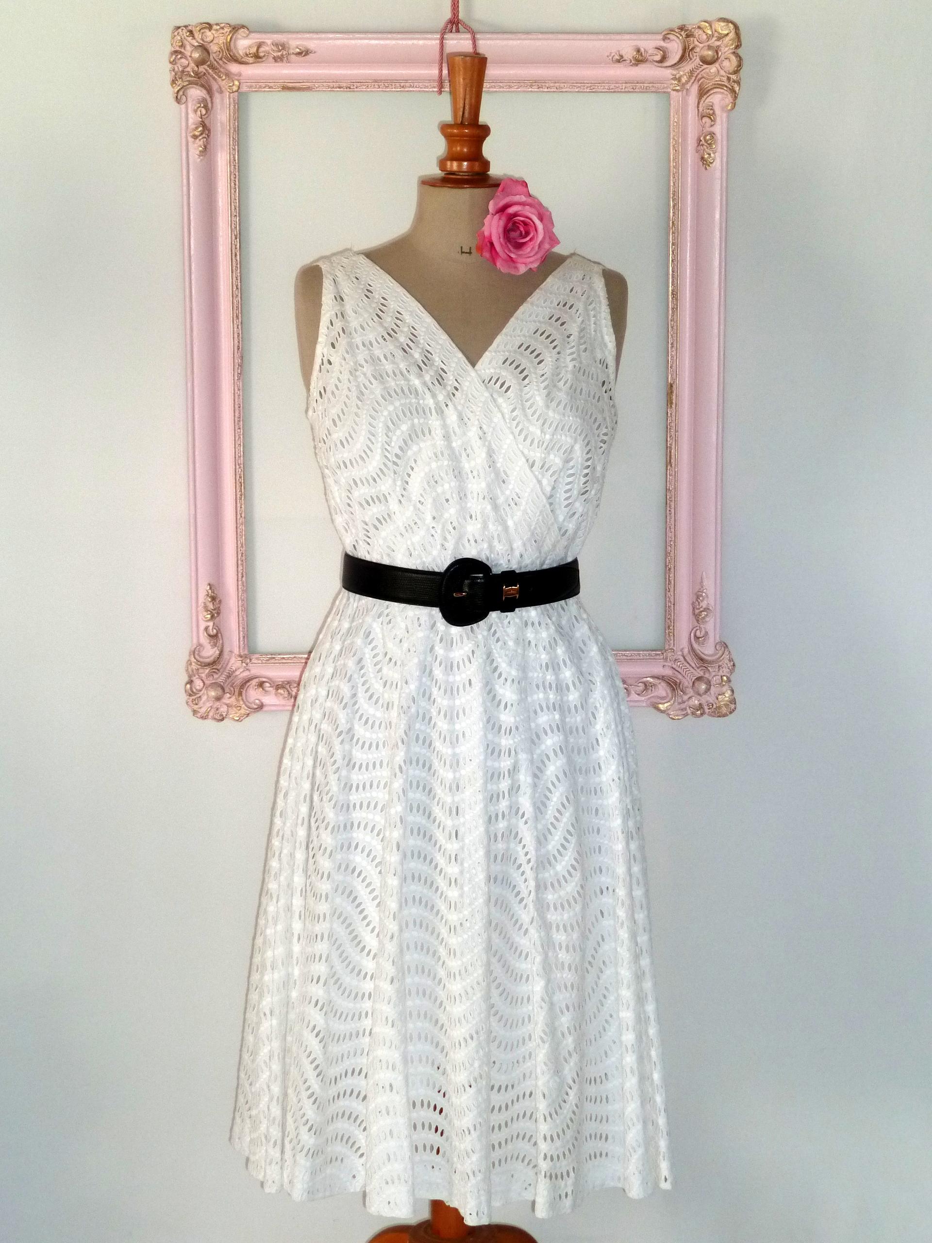 Vintage Année 50 dedans très jolie robe vintage année 50/ 60